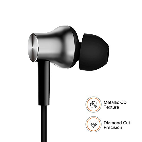 Mi Earphones with Dynamic bass, Music Control and mic (Silver) Image 4