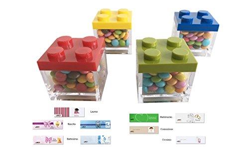 Descrizione: IRPot presenta: Un semplice kit per confezionare comodamente a casa tua queste scatoline portaconfetti in plexiglass modello Lego. Ideali da utilizzare come bomboniera, segnaposto o per arricchire lo sweet table del compleanno del tuo bi...