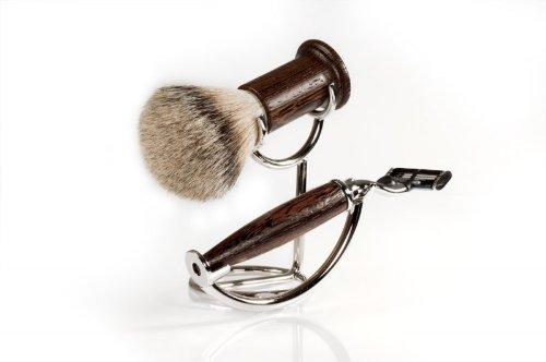 RAZZOOR 3-teiliges Rasierset Wengeholz für Gillette Mach3 Rasierklingen - Rasierpinsel Set Dachshaar Silberspitz für die Nassrasur + kompakter Halter, glanzverchromt