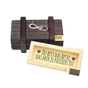 Schmuckset – Edelstahl Kette Silber mit Anhänger Love und dunkle Magische Geschenkbox mit Gravur – Das Beste – Schmuck-Geschenk für Damen als romantische Geschenk-Idee für Verliebte