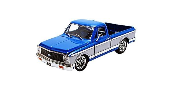RED OR BLUE 1//24 CHEVY CHEYENNE PICKUP 1972 MODEL JADA 96865A