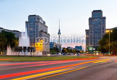 druck-shop24 Wunschmotiv: Berlin at night (Strausberger Platz), Germany #87736220 - Bild auf Forex-Platte - 3:2-60 x 40 cm/40 x 60 cm