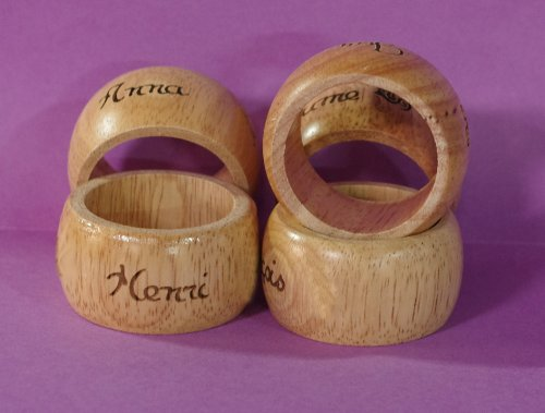 Aaz - Rond de serviette en bois de chêne personnalisable