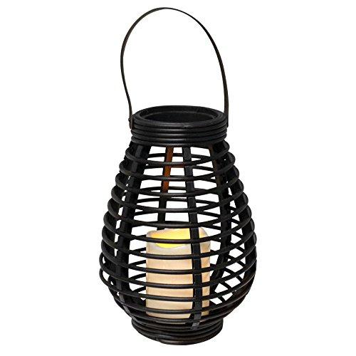 Eaxus Braune Laterne. Flackernde LED Kerze in Rattan Optik für den Garten, aufhängbare Deko Lampe, Windlicht Lampe mit warmweißem Licht, auch geeignet als Tischdeko zum aufstellen