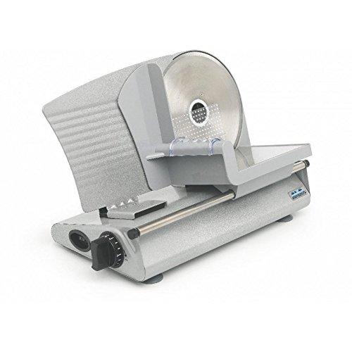 """L'affettatrice """"ALA SL520"""" è stata creata per uso domestico non continuativo ed è consigliata per il taglio di alimenti soffici e non stagionati dato il suo basso numero di giri.La SL520 ha una base realizzata in acciaio verniciato con resine epossid..."""
