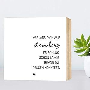 Verlass dich auf dein Herz - einzigartiges Holzbild 15x15x2cm zum Hinstellen/Aufhängen, echter Fotodruck mit Spruch auf Holz - schwarz-weißes Wand-Bild Aufsteller zur Dekoration oder als Geschenk