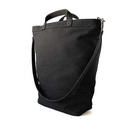Fahrradtasche MONTREAL von Zimmer / aus wasserabweisendem Canvas und Leder / zum Einhängen an den Gepäckträger / Tragetasche und Umhängetasche / schwarz