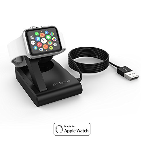 Supporto per Apple Watch che, grazie ad una porta USB, riesce a ricaricare anche un secondo dispositivo