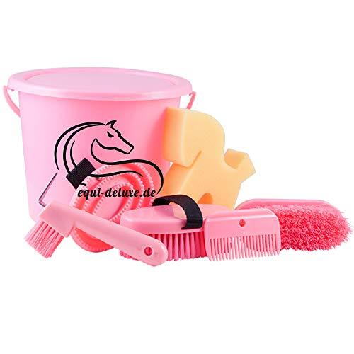 Equi Deluxe 6-teiliges Kinder Putzset Eimer mit Deckel, befüllt mit Striegel, Schwamm, Hufpick, Mähnenbürste, Mähnenkamm, Kardätsche (Pink Edition)