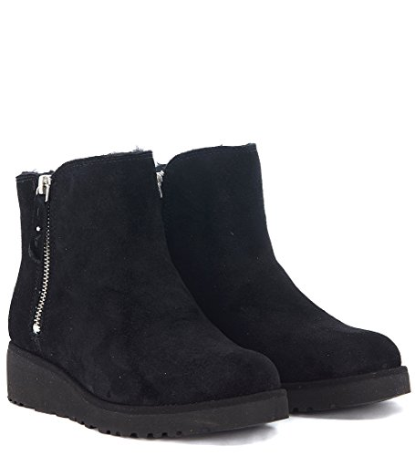 Ugg Women's Shala Women's Leather Ankle Boot In Suede 2