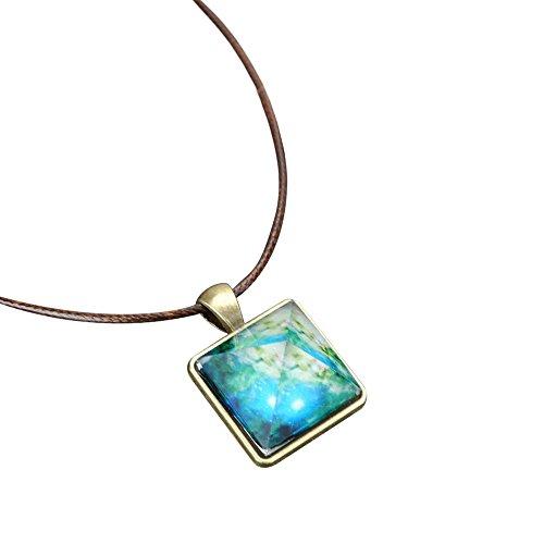 Sunnyadrain Damen Schmuck Pyramide natürliches Nachtlicht Kristall Illusion leuchtende Stern Halskette