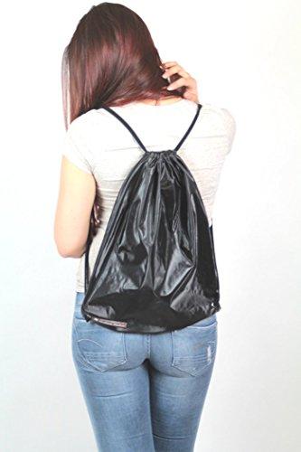 turnbeutel-wasserabweisend-schwarz-glanzend