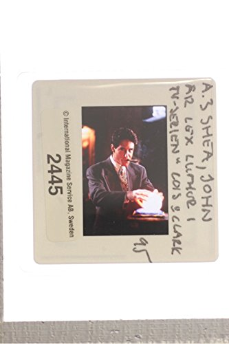 slides-photo-of-a-scene-from-the-sitcom-lois-clark-the-new-adventures-of-superman-1995