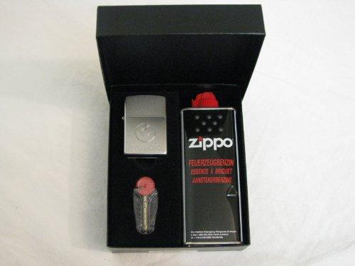 1-x-zippo-accendino-a-benzina-jagermeister-1-x-confezione-regalo-con-benzina-zippo-e-zippo-fuoco-pie