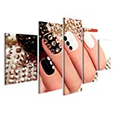 islandburner Bild auf Leinwand Maniküre auf kurzen Nägeln mit schwarz und weiß lackiert mit Strasssteinen auf schwarzem Hintergrund Nagelstudio Wandbild, Poster, Leinwandbild FSM