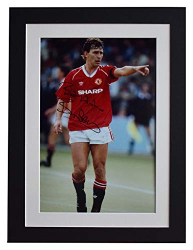 Sportagraphs Bryan Robson Signed autograph 16x12 photo display Manchester United AFTAL COA