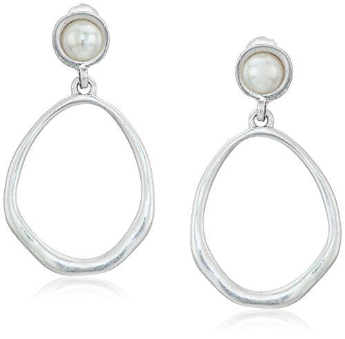 the-sak-silver-large-pearl-doorknocker-drop-earrings