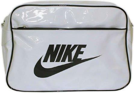 Nike 844729-006, Sneakers trail-running femme Gris