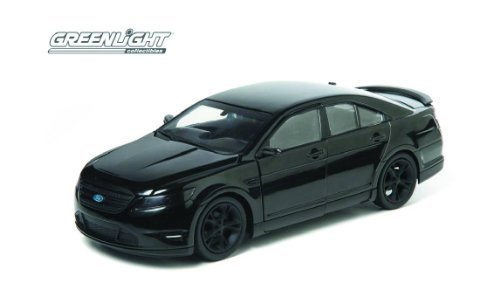men-in-black-3-ford-taurus-2012-sho-1-24-scale-limited-edition-diecast-model