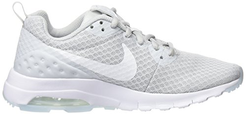 Nike - Wmns Air Max Motion Lw, Scarpe sportive Donna Multicolore (Pure Platinum / White)