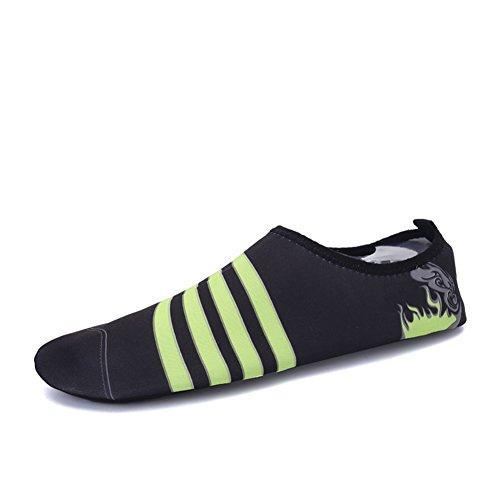 Eagsouni® Chaussures de plage et piscine Chaussure aquatique Sport d'eau Chausson Water Shoes #3Noir