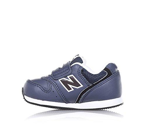 NEW BALANCE - Basket bleue, en cuir et microfibre, avec fermeture en Velcro, logo latéral et à l'arrière, coutures visibles, garçon, garçons Bleu