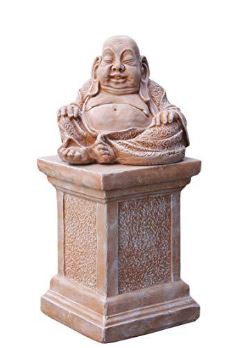 Buddha Figur aus Stein auf Säule, Deko Statue frostsicher und wetterbeständig für Haus und Garten, handgefertigt in Deutschland
