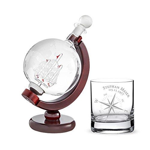 AMAVEL Whiskykaraffe Globus mit Schiff - Whiskyglas mit Kompass – Personalisiert mit [Namen] und [Datum] – Tumbler - Geschenkidee Geburtstag Weihnachten – Geschenk für Männer – Geschenk für Segler - Dekanter