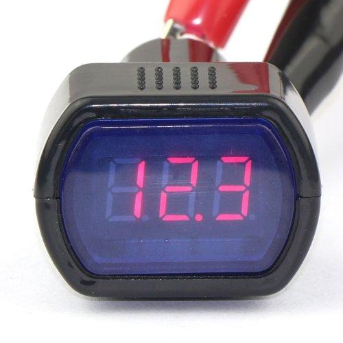 DROK® Voltmetro Digitale Auto LED Rosso 12/24V Cigarette Lighter Plug Controllo di Tensione DC 8-30V