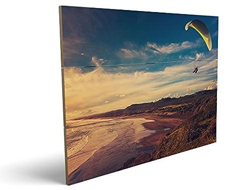 Fallschirm Gleiter am Strand, qualitatives MDF-Holzbild im Drei-Brett-Design mit hochwertigem und ökologischem UV-Druck Format: 100x70cm, hervorragend als Wanddekoration für Ihr Büro oder Zimmer, ein Hingucker, kein Leinwand-Bild oder Gemälde