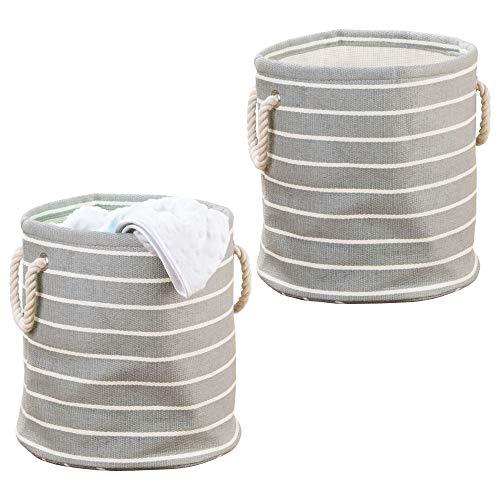mDesign 2er-Set mittelgroßer Wäschesack – runder Wäschekorb aus Baumwolle mit Griffen – Multifunktionstasche perfekt für Ordnung im Kinderzimmer – grau/cremefarben