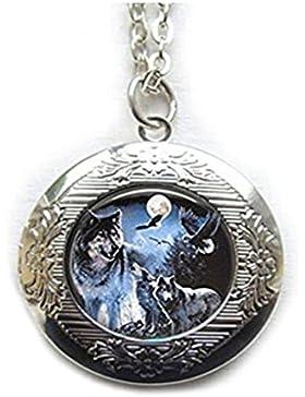 Wolf Medaillon. Full Moon Art Medaillon jewelry. Wolf Medaillon. Wolf pendant. Full Moon. Full Moon Anhänger
