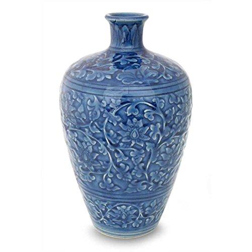 Azure Blau Keramik (Novica Dekorative und Blatt Keramik Vase, blau, 'Azure Spitze')
