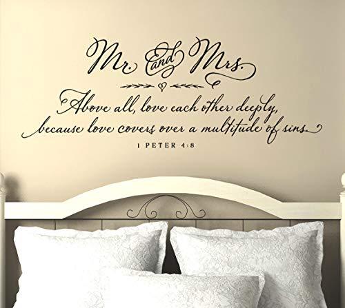 Dozili Master Bedroom Wandtattoo, Schriftzug Mr. and Mrs Wandtattoo, Motiv Peter 4:8, englischsprachig, 104 x 38 cm