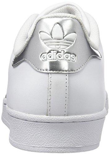 adidas Superstar, Scarpe da Basket Unisex – Adulto Multicolore (Ftwwht/Silvmt/Cblack)