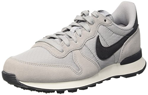 Nike Wmns Internationalist, Scarpe da Ginnastica Donna Grigio (Wolf Grey/Black/Summit White)