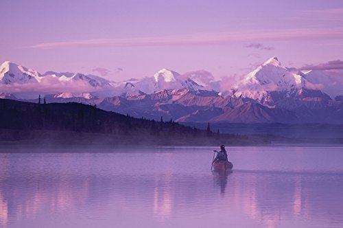 Michael Deyoung/Design Pics - Woman Canoeing In Wonder Lake In The Evening Dnp Photo Print (86,36 x 55,88 cm)