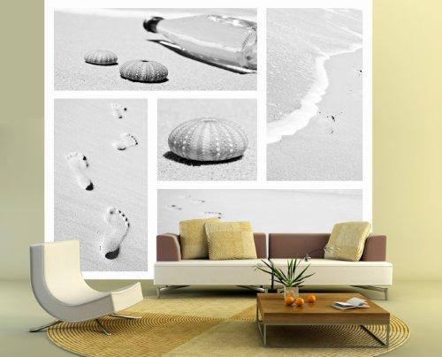 Fototapete selbstklebend Strand Collage - schwarz weiß 220x200 cm - Bildertapete Fotoposter Poster - Sand Muschel Fußabdruck Welle Sandstrand
