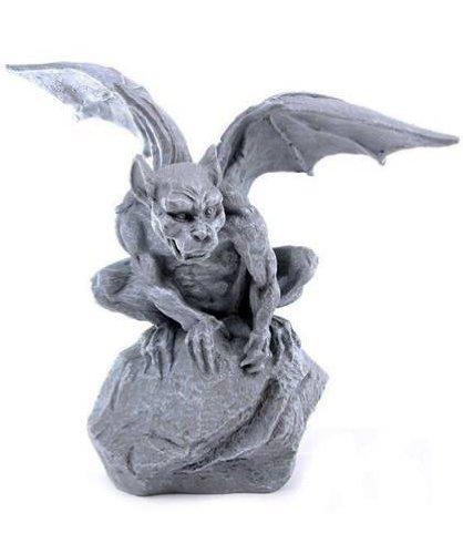 Gargoyle Torwächter Garten Figur auf Fels 30cm Typ B hier kaufen