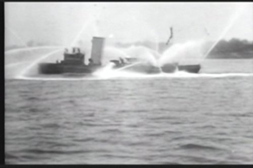 Fireboat 'New Yorker' in action [excerpts] Video Jet-board