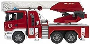 Bruder 3590 - Camión de Bomberos con Escalera y Bomba de Agua, Funciones luz y Sonido