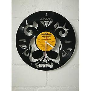 Wanduhr aus Vinyl Schallplattenuhr mit Skull Motiv upcycling design Uhr Wand-deko vintage-Uhr Wand-Dekoration retro-Uhr