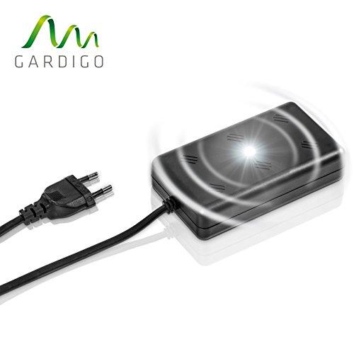 Gardigo Marder-Frei Indoor LED | Marderabwehr für Haus, Garage und Dachboden | Marderschutz mit Ultraschall | Marderschreck 230 V mit Netzstecker
