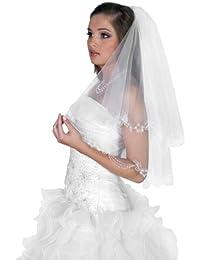 Voile de mariee longueur du coude, deux couche, decore a la main avec de la dentelle, de perles, et de cristaux