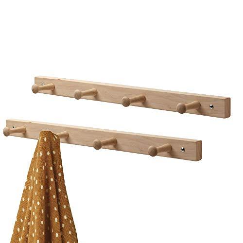 mDesign Hakenleiste aus Holz im 2er-Set - Wandgarderobe mit 4 Garderobenhaken in skandinavischem Design - Garderobenleiste zur Aufbewahrung von Jacken etc. aus neuseeländischem Kiefernholz - natur