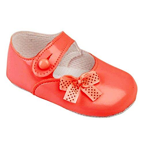 Baypods Krabbelschuhe/Hausschuhe für Baby-Mädchen – für besondere Anlässe/Taufe – große Farbenvielfalt – hübsche Tupfenschleife