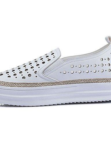 ZQ gyht Scarpe Donna-Sneakers alla moda-Ufficio e lavoro / Casual / Sportivo-Punta arrotondata-Piatto-Finta pelle-Bianco / Argento , silver-us9 / eu40 / uk7 / cn41 , silver-us9 / eu40 / uk7 / cn41 white-us9 / eu40 / uk7 / cn41