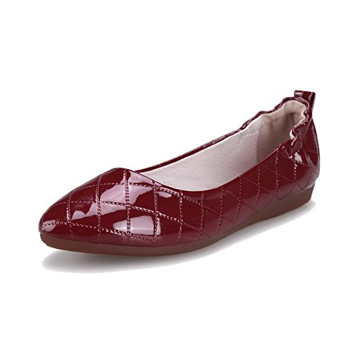 allhqfashion-womens-solid-patent-leather-no-heel-pull-on-pointed-closed-toe-flats-shoes-claret-40