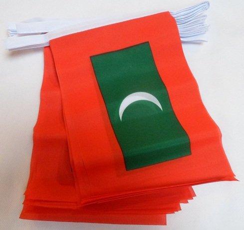 GUIRNALDA 12 metros 20 BANDERAS de MALDIVAS 45x30cm - BANDERA MALDIVA 30 x 45 cm - BANDERINES - AZ FLAG