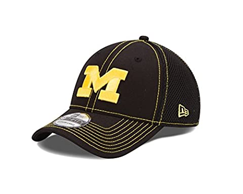 Michigan Wolverines NCAA New Era 39THIRTY Black Team Neo Fitted Hat Chapeau